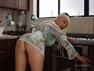 MadisonBecker nude livejasmin
